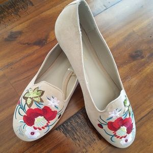 Madden Girl Embroidered Flats